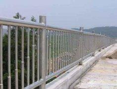不锈钢栏杆和不锈钢复合管的区别
